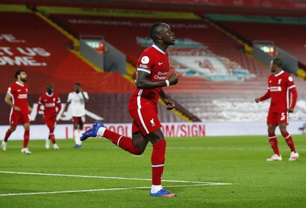 Ian Wright says Manchester United made a 'big mistake' by not signing Liverpool star Sadio Mane - Bóng Đá